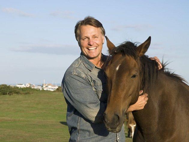 Turistika na koni má své kouzlo a nemusí být náročná...