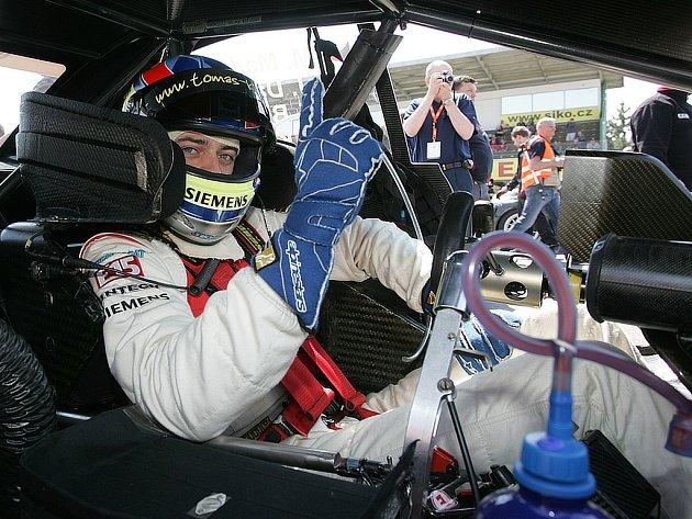 Tomáš Kostka za volantem Audi specifikace DTM.