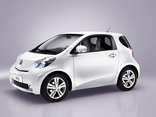 Světovou premiéru si ve Švýcarsku odbude nový revoluční vůz do města, Toyota iQ.