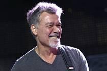 Americko-nizozemský rocker Eddie Van Halen