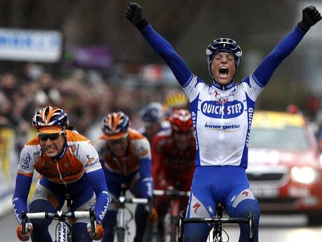 Francouzský cyklista Sylvain Chavanel vyhrál třetí etapu slavného závodu z Paříže do Nice. Za ním skončila dvojice z Rabobanku - Španěl Flecha a Nizozemec Langeveld.