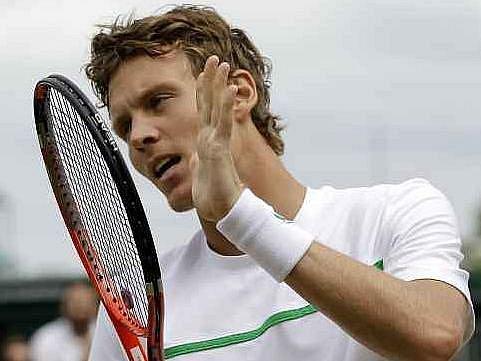Tomáš Berdych zatím prochází Wimbledonem bez problémů.