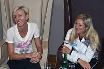 Debutantky ve Fed Cupu Tereza Smitková (vlevo) a Denisa Allertová.