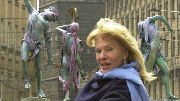 Výtvarnice Anna Chromy je autorkou čtyř bronzových soch s názvem Pocta Smetanovi