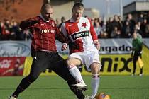 Martin Hyský (vpravo během Silvestrovského derby) se stal novým trenérem druholigové Vlašimi.
