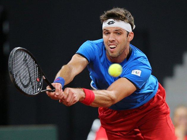Jiří Veselý v Davis Cupu proti Nizozemsku.