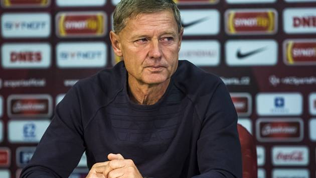 Trenér fotbalistů Sparty Zdeněk Ščasný.