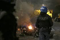 Zásah policie proti demonstrantům v Římě