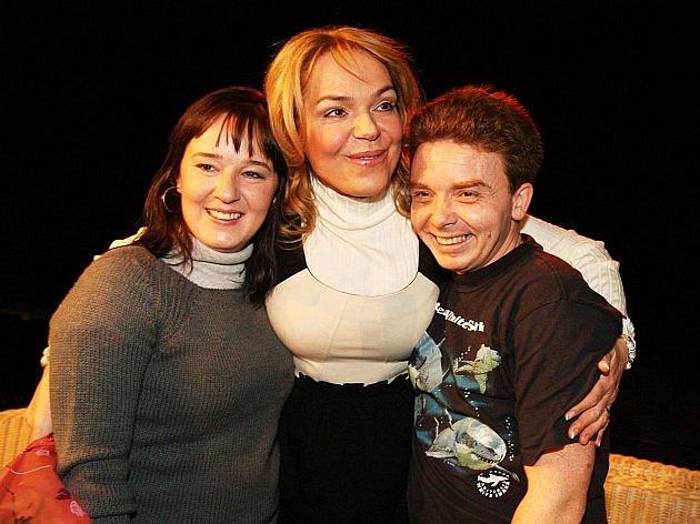 V pořadu Sejdeme se na Cibulce se svou filmovou sestrou a matkou.