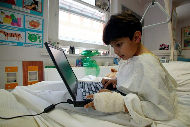 """Domácí digitální škola je součástí projektu """"Digitalizace – digitální vysílání jako nová technologie a nový trh"""""""