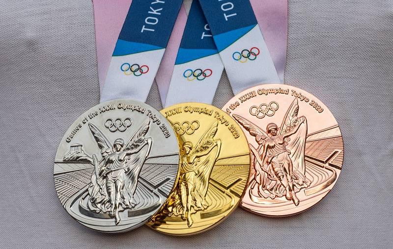 Zlato, stříbro, bronz. To jsou medaile pro Tokio