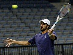 Feliciano Lopez na tréninku před finále Davis Cupu.