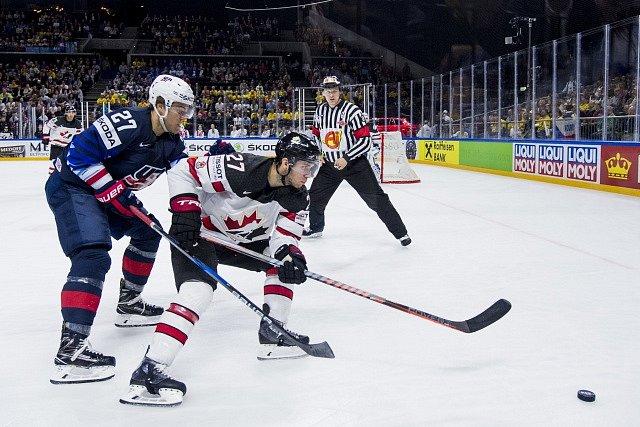 Zápas USA proti Kanadě.