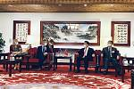 Předseda Senátu Miloš Vystrčil a ministr zahraničí Tchaj-wanu Jaushieh Joseph Wu.