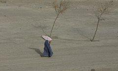 Afghánské ženy žijí i sedm let po pádu Tálibánu v naprostém bezpráví.