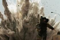 Čínské vojenské propagandistické video, ve kterém se objevily záběry z hollywoodských filmů.