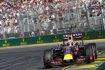 Daniel Ricciardo z Red Bullu naháněl v Austrálii Mercedesy marně.