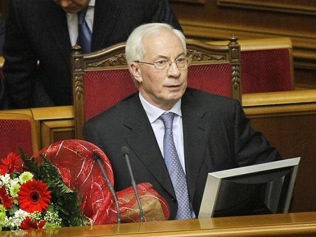 Ukrajinský premiér Mykola Azarov
