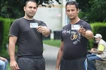 Romové pomáhají zdarma strážníkům. Dostali průkazky