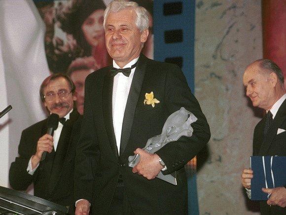 Prestižní filmovou cenu Český lev dostal Jindřich Goetz za film Král Ubu.