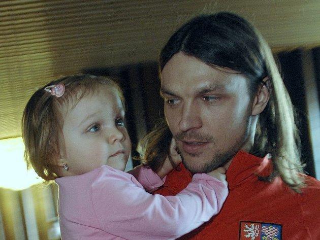 Tomáš Ujfaluši s dcerkou