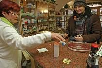 Poplatky za recept v lékárnách patří mezi nejvíce kritizované změny.
