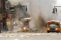 V New Yorku vybuchl parovod, oživil vzpomínky na 11. září