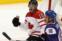Kanaďan Morrow se raduje, smutný Šatan.