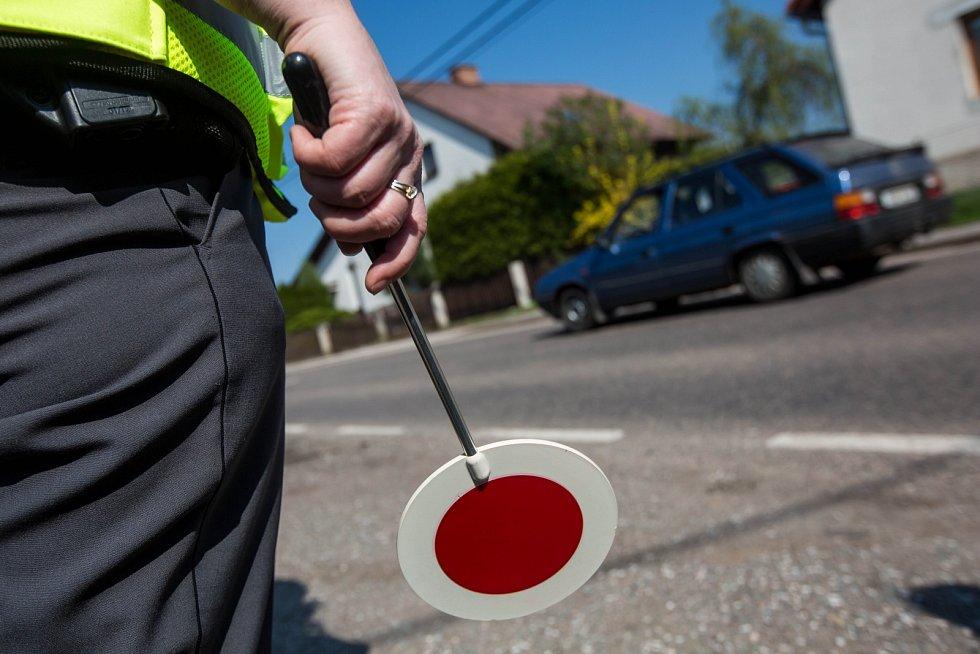 Policie, úsekové měření rychlosti, radar. Ilustrační foto