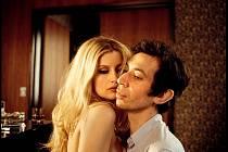 Serge Gainsbourg. Francouzského bouřliváka si zde zahrál Eric Elmosnino.