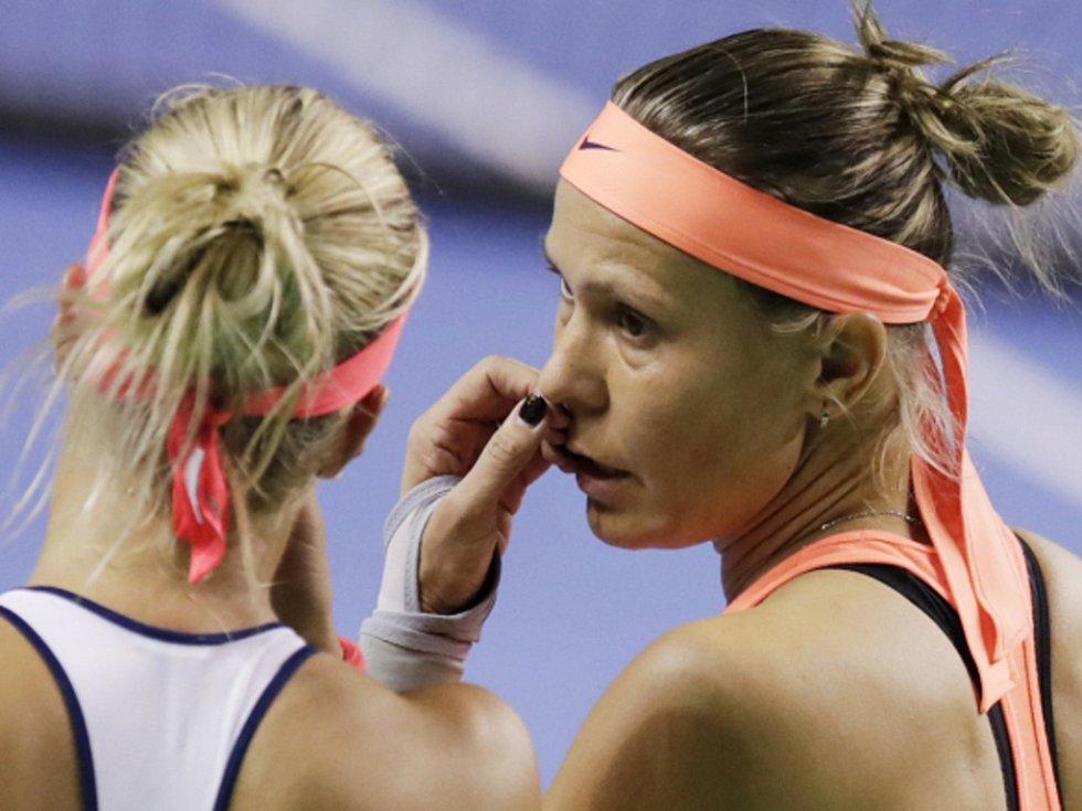 Andrea Hlaváčková (vlevo) a Lucie Hradecká.