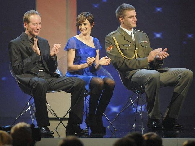 Nejlepší čeští sportovci Martina Sáblíková, Lukáš Bauer (vlevo) a Ondřej Synek.