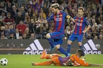 Barcelona v prvním vzájemném utkání deklasovala Manchester City 4:0.