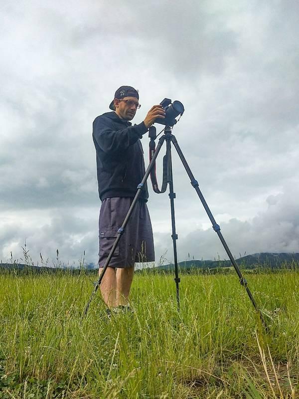 Lovec bouřek Filip Petržílek fotografuje za extrémního počasí nejen blesky