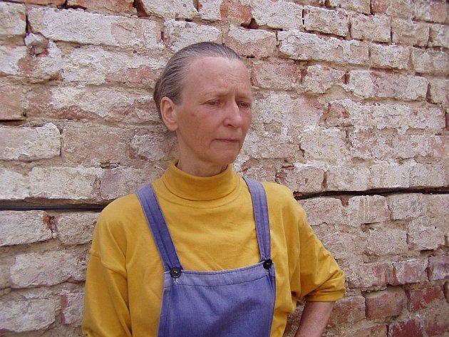 Jana Adamová, manželka Jiřího Adama, který měl podle policie zotročit několik starších žen