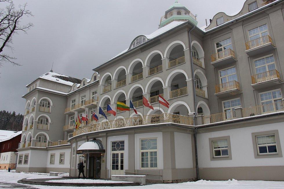 Hlavní budova jesenických lázní, Sanatorium Priessnitz.