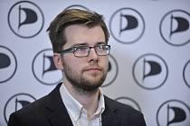 Předseda poslaneckého klubu Pirátů Jakub Michálek (na snímku z 6. ledna 2018)
