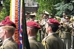 S desátníkem Liborem Ligačem, zabitým společně s dalšími čtyřmi vojáky v Afghánistánu, se v Týništi nad Orlicí rozloučily stovky lidí