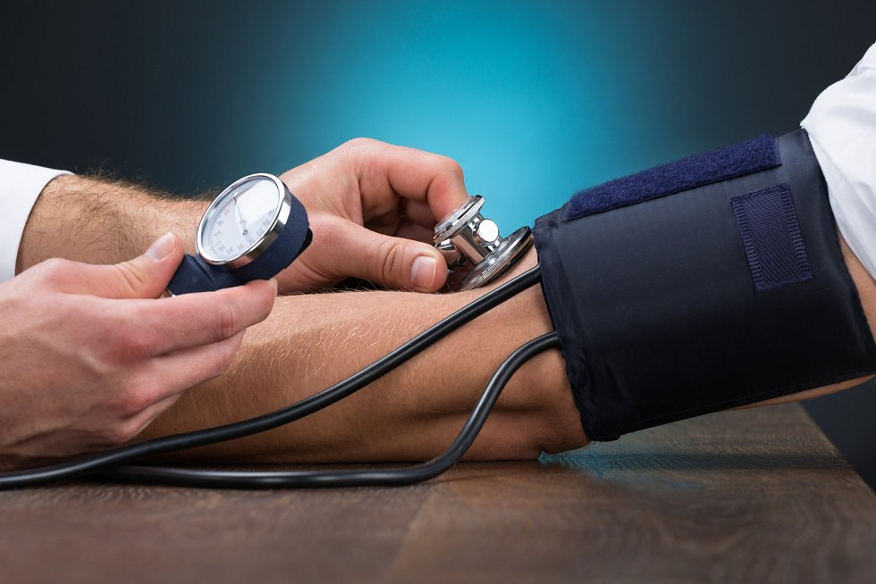 Červená řepa je údajně skvělou potravinou, která pomáhá snižovat krevní tlak. Je to díky nitrátům, kterou jsou vřepě zastoupené ve velkém množství.