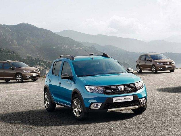 Dacia lehce omladila modely Sandero a Logan.