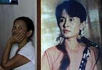 Barmánci si podobizny vězněné političky Aun Schan Su Ťij vyvěšují doma, v soukromí. (Ilustrační snímek)