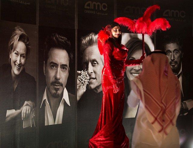 Návštěvníci se mohli vyfotit s plakátem s hollywoodskými hvězdami.