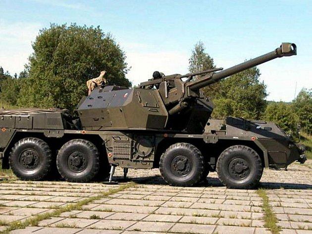 152mm samohybná kanónová houfnice.