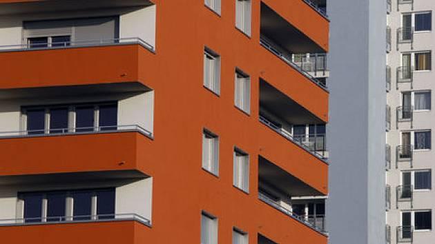 Mladé rodiny mohou získat bydlení v opravených obecních bytech