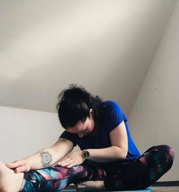 Tereza Hartmanová volí cvičení silové i protahovací. V domácím prostředí shazovala tuk i nabírala svalovou hmotu. Výsledky pozoruje stejné jako ve fitness centru.
