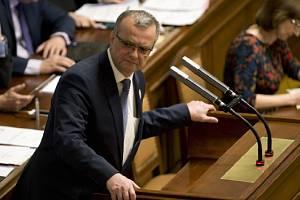 Podle soudu se premiér Andrej Babiš nemusí omlouvat za urážky na Adresu exposlance Miroslava Kalouska