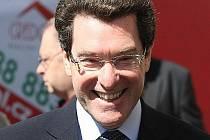Americký velvyslanec Norman Eisen