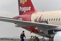 Pražská informační služba a České aerolinie představily 21. listopdu v Praze nový polep s logem a motivem Prahy pro Airbus A319.