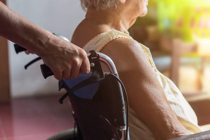 Roztroušená skleróza bohužel nemá jednoznačné projevy, jež by byly jejím jasným indikátorem