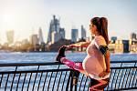Sport v těhotenství vzbuzuje i v 21.století kontroverze. Přesto je potřebný.
